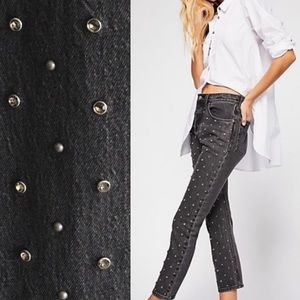 Levi's 501 High Rise Cropped Studded Jeans Black